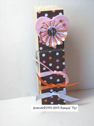 Kathleenh-polka dot jumbo clothespin