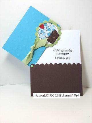Kathleenh-cupcake hinge open