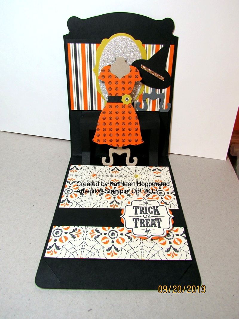 Halloween pop up card-open